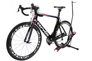 自転車スタンドロビー3.jpg